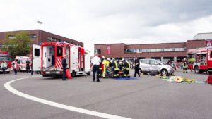 Feuerwehr Essen Tag der offenen Tür – Rettung von einer Person